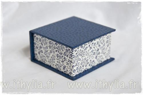 cartonnage encore une petite bo te ithyliaithylia. Black Bedroom Furniture Sets. Home Design Ideas